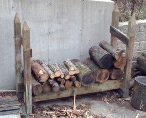 small log rack